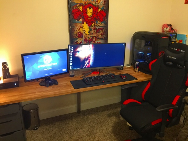 PC_Desk_UltlaWideMonitor18_38.jpg