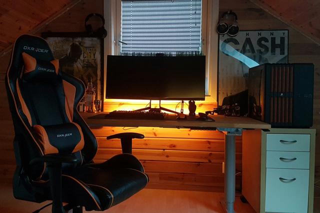 PC_Desk_UltlaWideMonitor18_39-.jpg