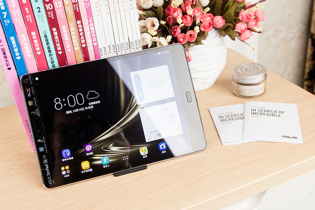 ZenPad3S10_03.jpg