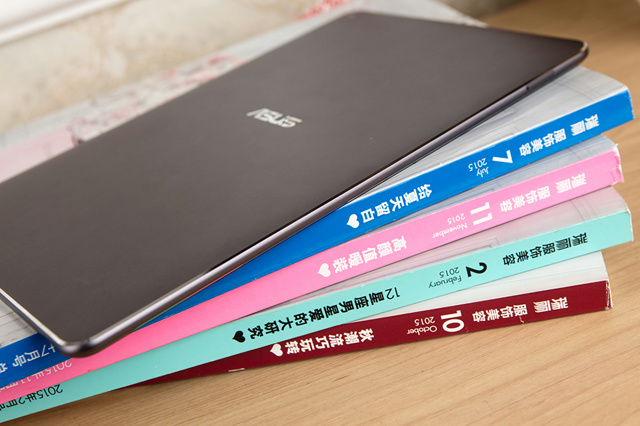 ZenPad3S10_07.jpg
