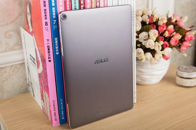 ZenPad3S10_10.jpg