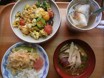 blog CP3 Lunch, Sprout & Hot Bamboo, Tomato & Brussel Sprouts Egg, Miso Soup & Oshiruko_DSCN3724-2.9.17.jpg