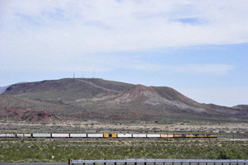 blog 10 Mojave to Daggett on 58, Freight Train, CA_DSC6624-3.19.17.(1).jpg