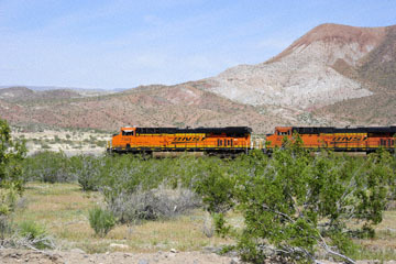 blog 10 Mojave to Daggett on 58, Freight Train, CA_DSC6684-3.19.17.(1).jpg