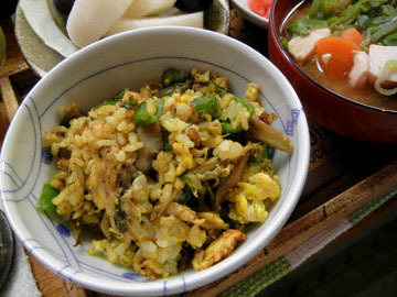blog Dinner, Fried Rice, Hijiki, Mentaiko, Miso Soup, Pear & Grapes_DSCN3047-9.27.16