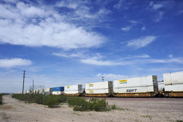 blog 10 Mojave to Daggett on 58, Freight Train, CA_DSC6750-3.19.17.(1).jpg