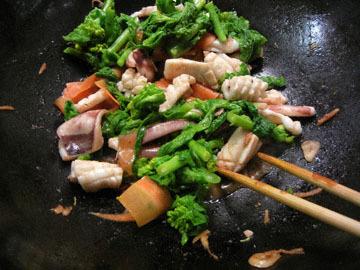 blog Dinner, Squid & Nanohana Sauteed_DSCN2393-3.24.16.jpg