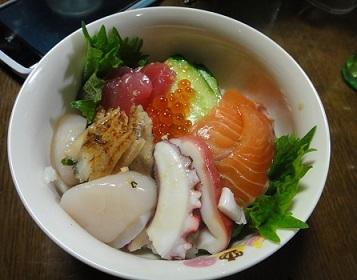 ひな海鮮丼