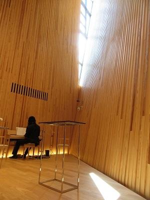 光あふれる教会で