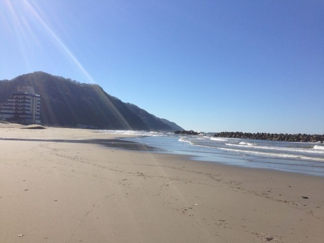 【巨大地震】山形の日本海側に「30メートル超巨大津波の痕跡」を発見か…平安時代に発生か、庄内砂丘で見つかる
