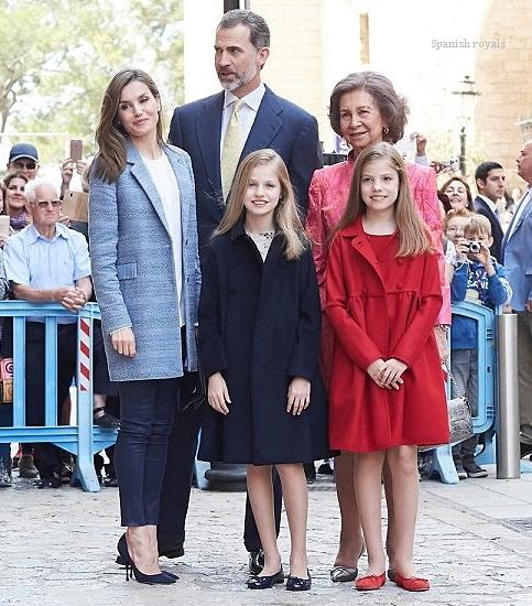Spanish-Royals-april-2016.jpg