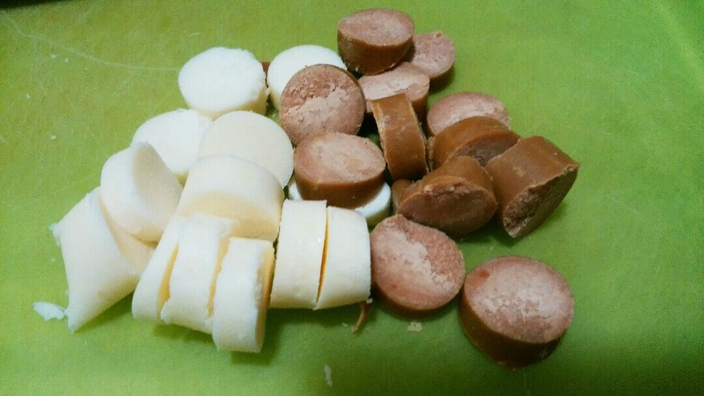 レバーソーセージ入り煮込みうどんの作り方2